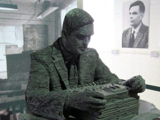 Alan-Turing-800x600